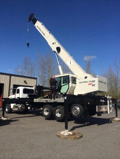 services-boom-truck-min
